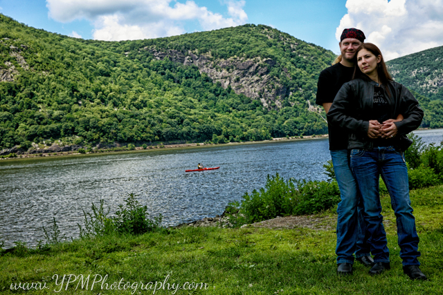 ypm_photography-engagement-portraits_0068